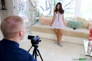 Exxxtra Small Jasmine Summers in Small Girl Makes Big Moves 8