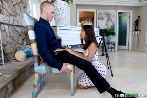 Exxxtra Small Jasmine Summers in Small Girl Makes Big Moves 9