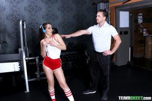 The Real Workout Joseline Kelly in Clearing Your Head At The Gym 4