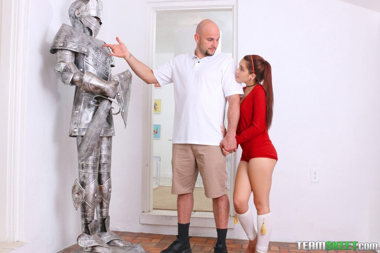 Exxxtra Small Brooke Haze in Chivalry For a Small Chick 5