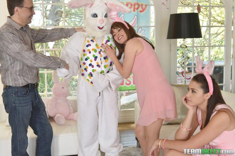 Family Strokes Avi Love in Uncle Fuck Bunny 4