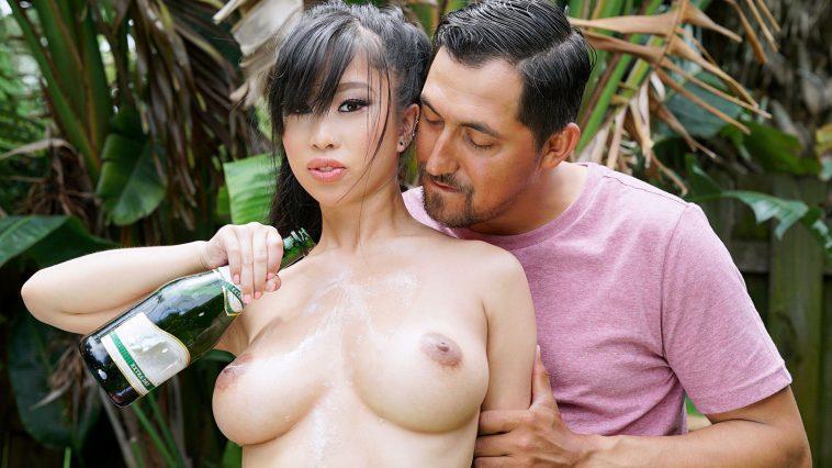 Titty Attack Jade Kush Bubbly Breasts 4