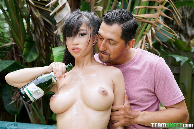 Titty Attack Jade Kush Bubbly Breasts 4