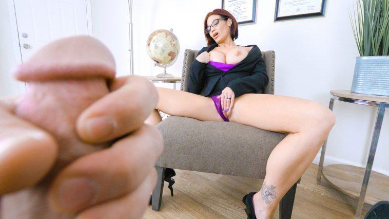 Perv Mom Ryder Skye in Stepmother Sex Sessions 4
